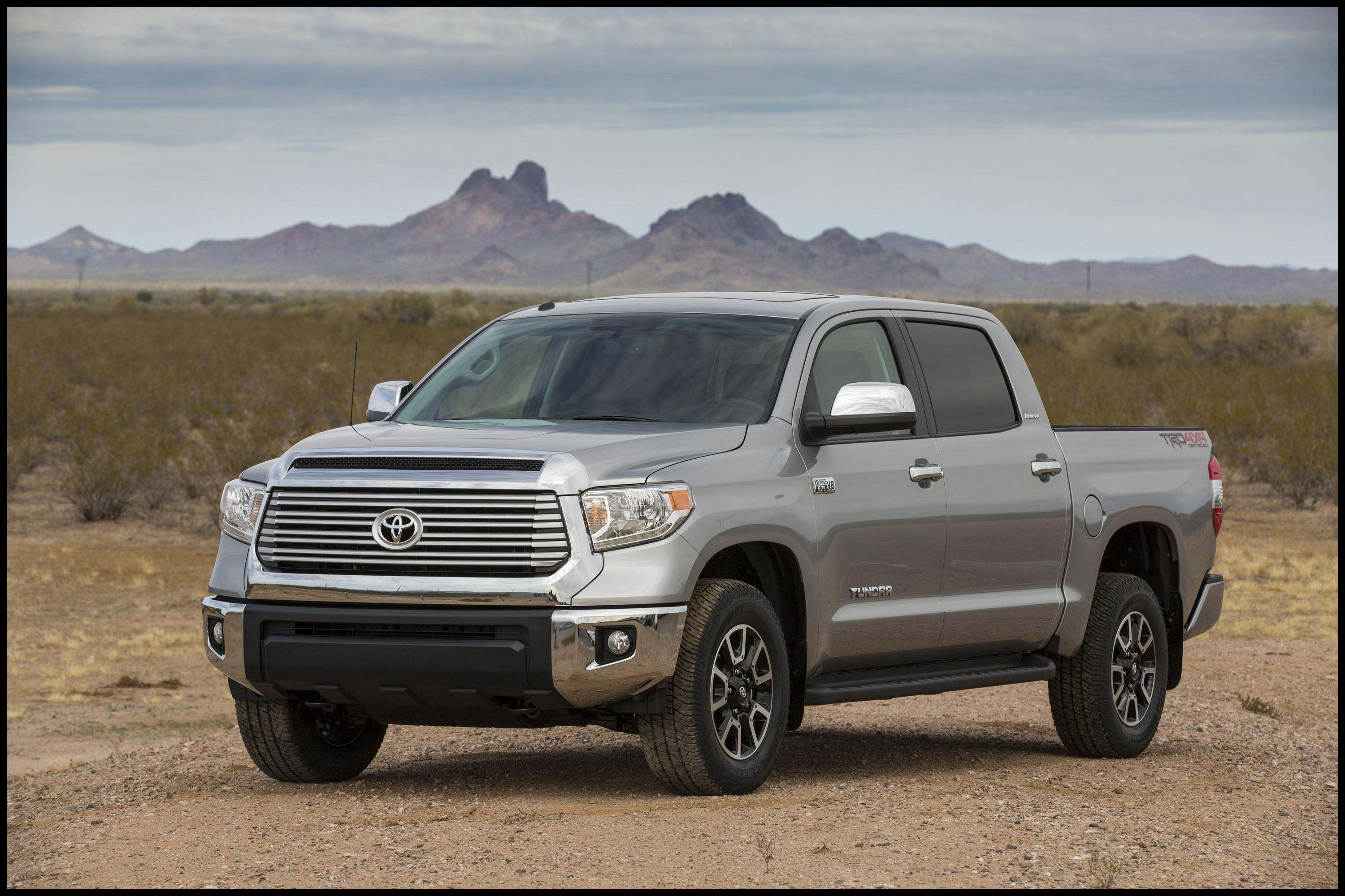 Toyota is recalling of approximately 73 000 2016 and 2017 Toyota Tundra pickups in the U S over concerns with the truck s bumper