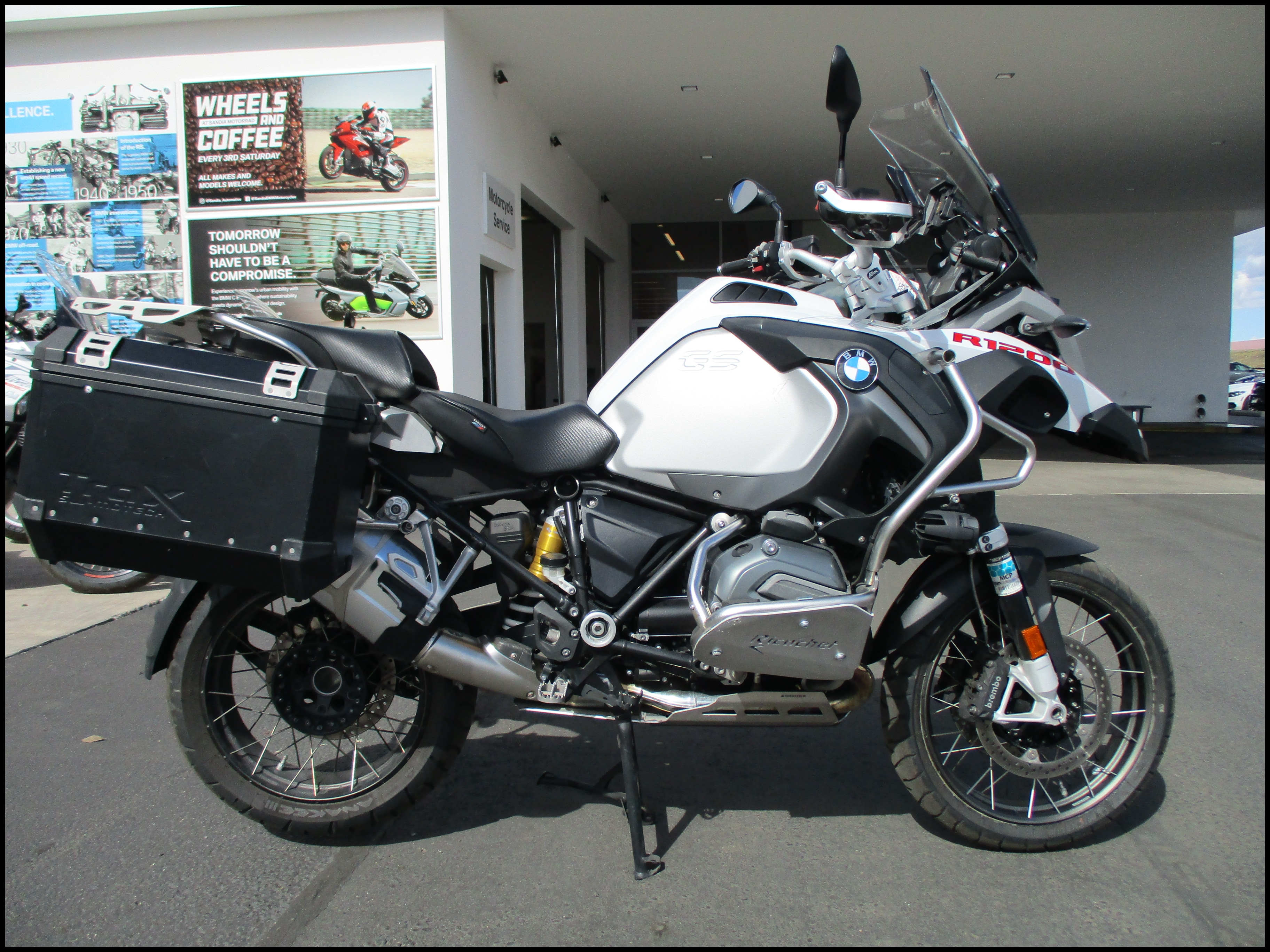 2016 BMW MOTORCYCLES R1200GSA
