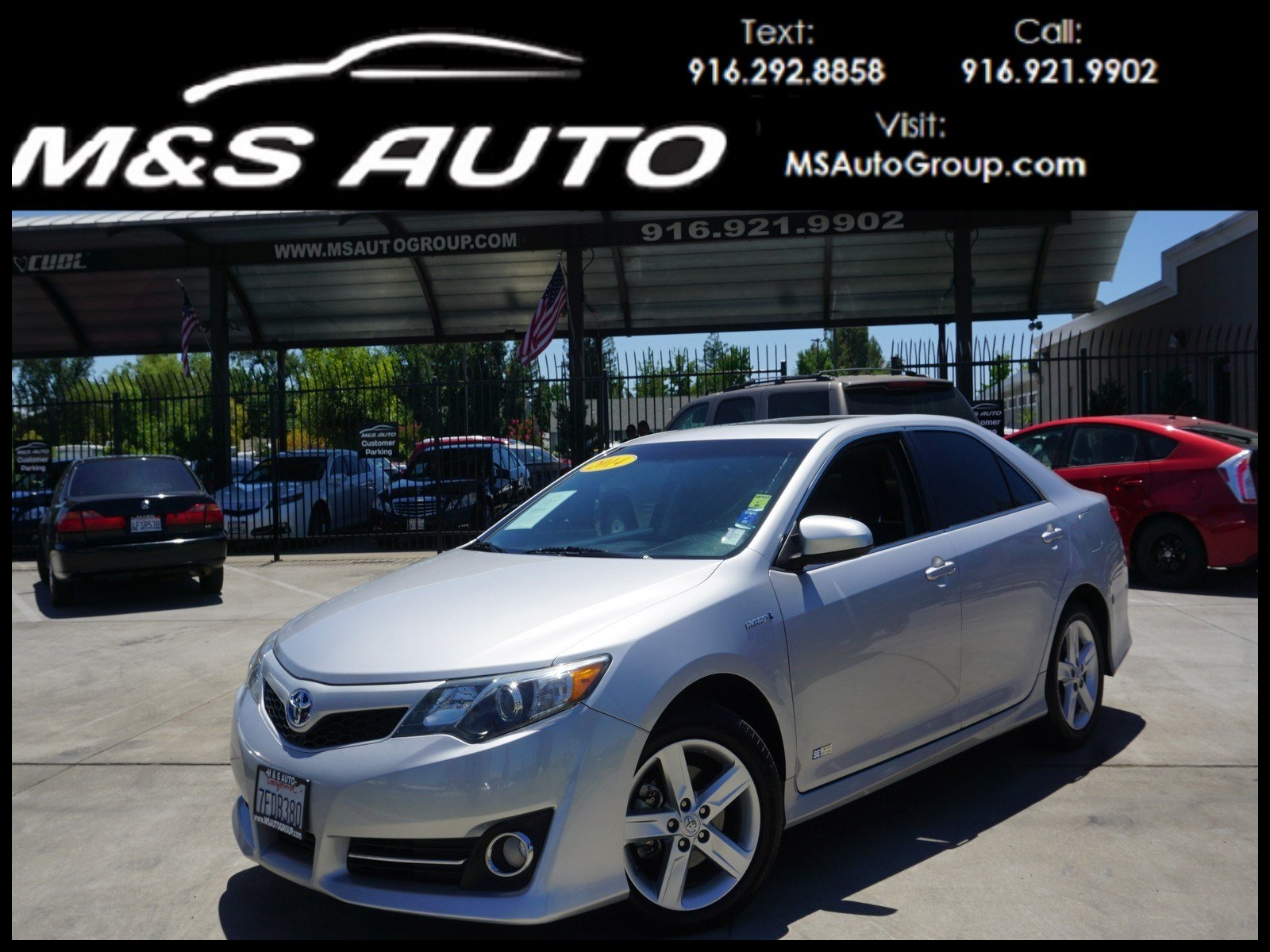 Pre Owned 2014 Toyota Camry Hybrid Hybrid SE Limited Edition