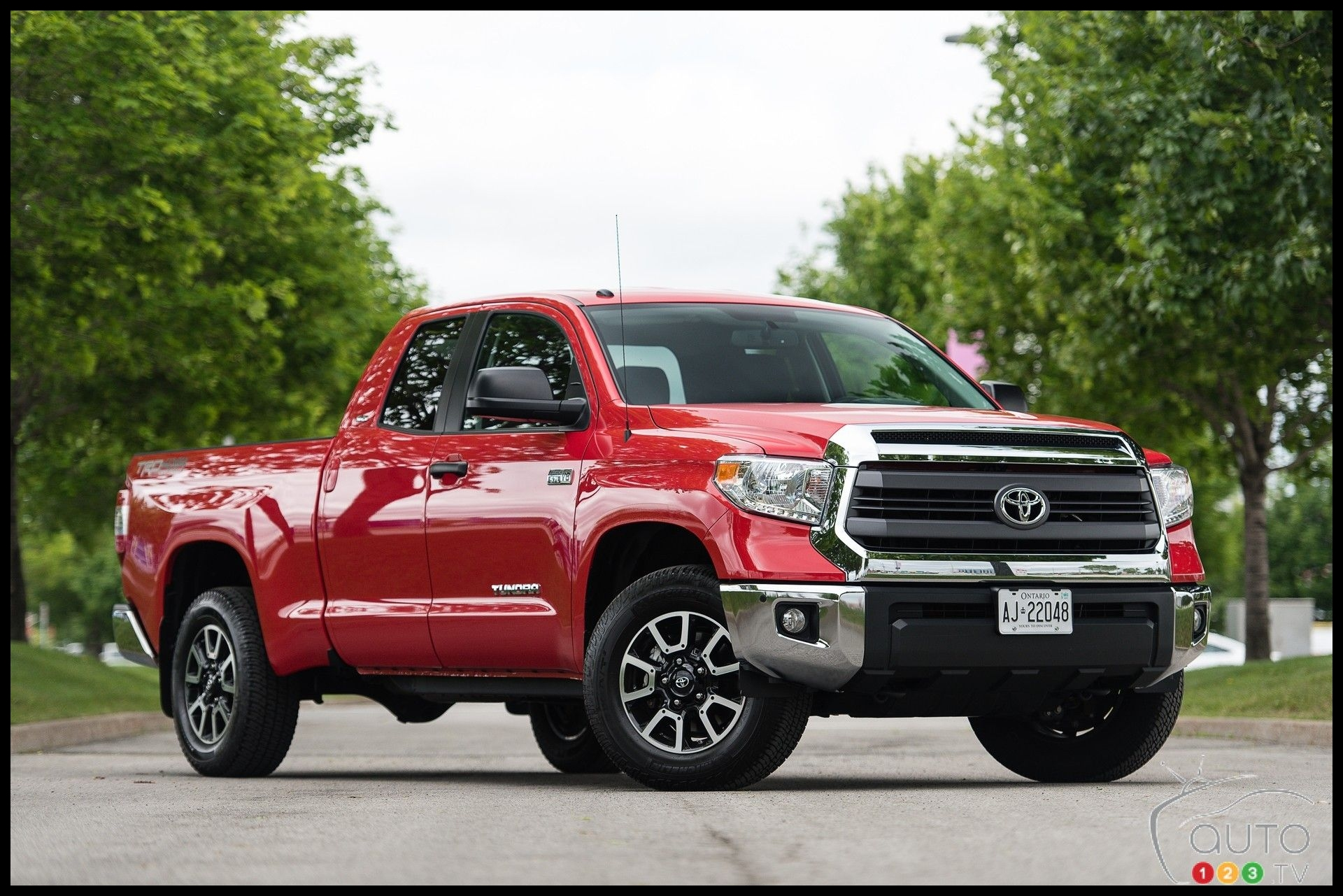 2015 Toyota Tundra Double Cab 4x4 SR 5 7L TRD Review │ Let s try something different In a parallel world where the Ford F 150 GMC Sierra