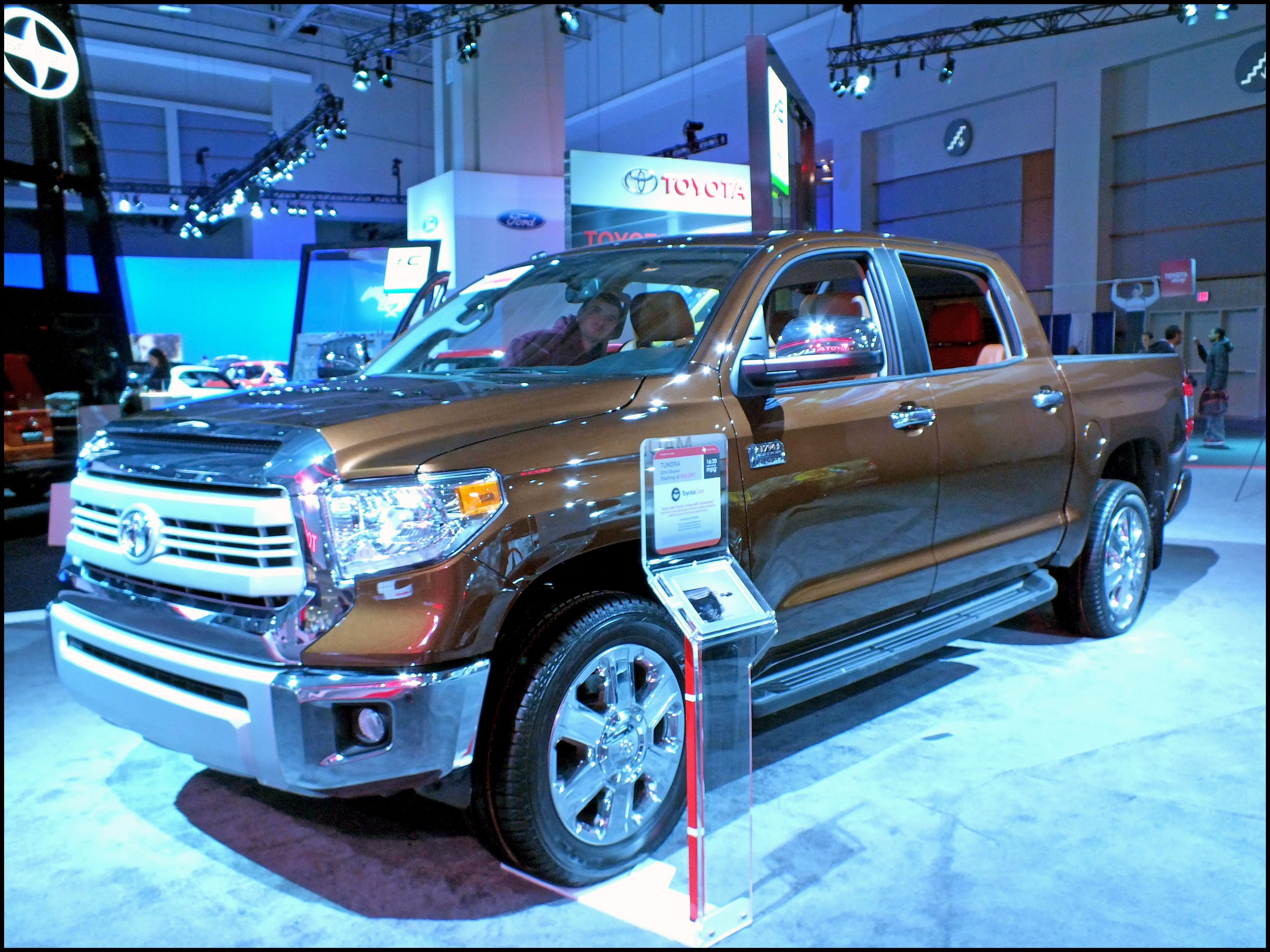 Hot toyota Tundra Overview and Price
