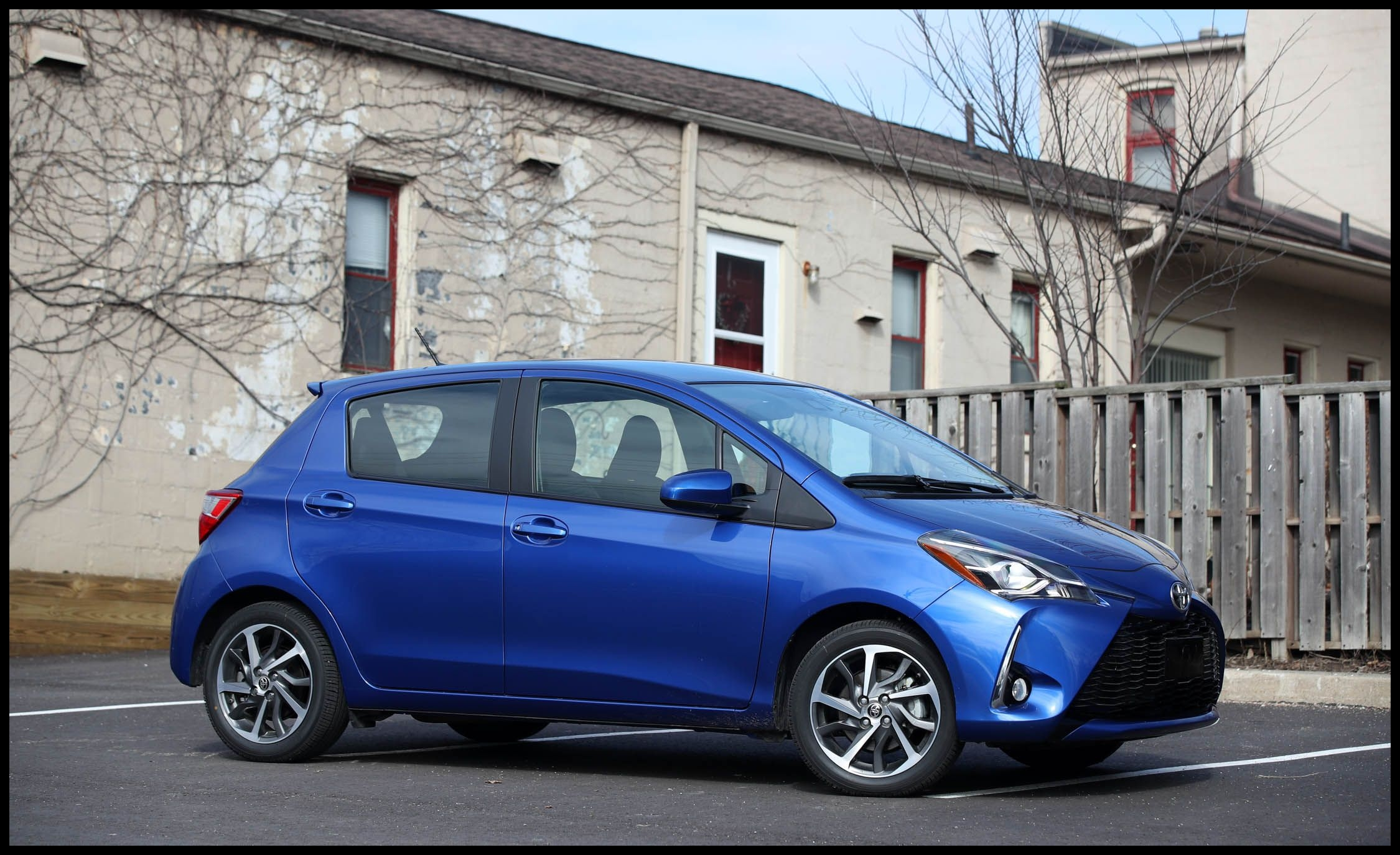 Toyota Yaris Reviews Toyota Yaris Price s and Specs