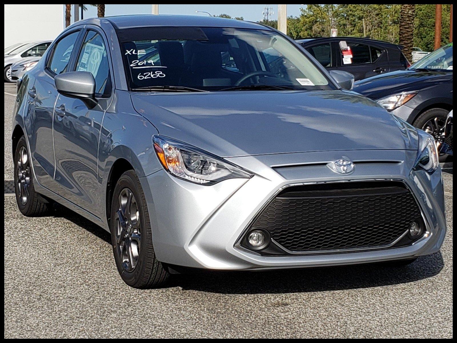 New 2019 Toyota Yaris Sedan XLE
