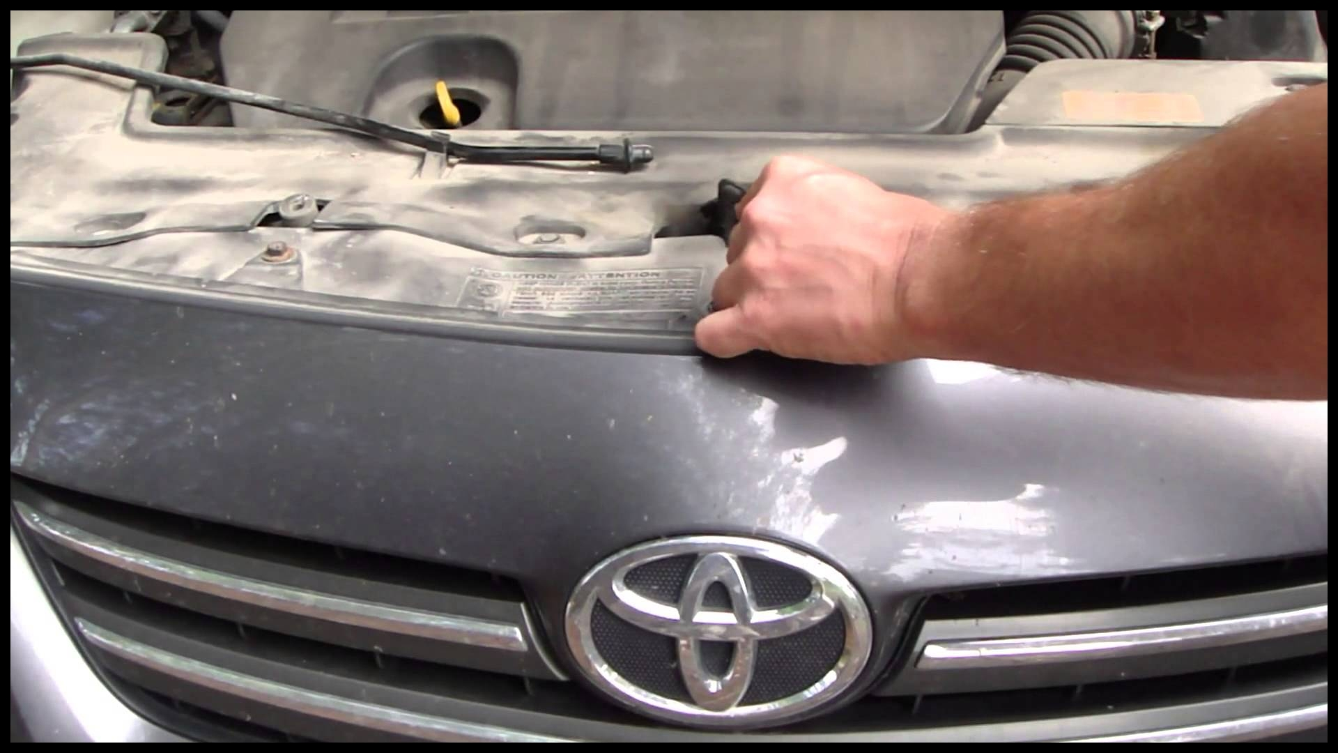 How to open bonnet and hood Toyota Corolla Years 2007 to 2014