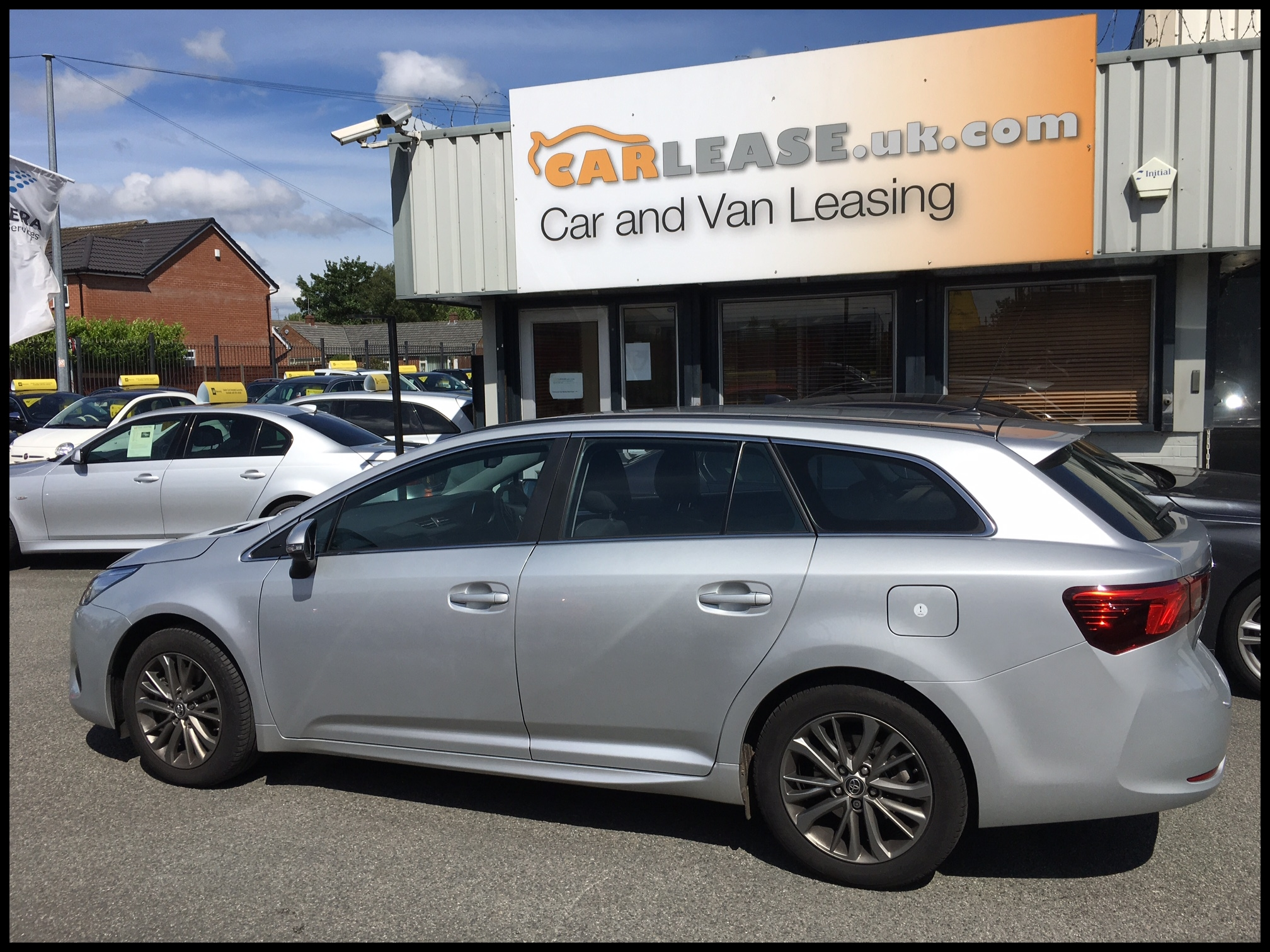 toyota avensis sel tourer 2 0d business edition