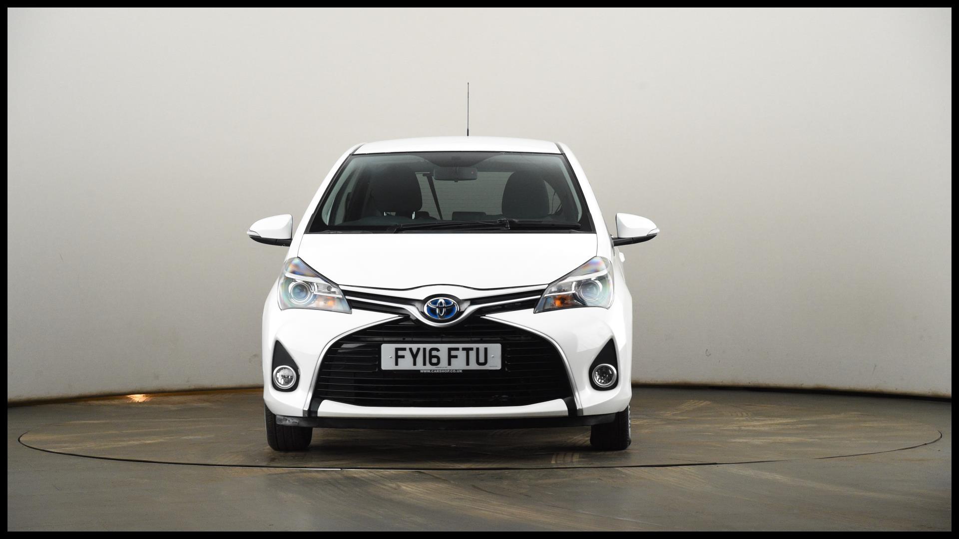 FY16FTU used TOYOTA YARIS HATCHBACK 1 5 Hybrid Icon 5dr CVT PetrolElectric Hybrid Automatic WHITE 2016 XC L 06