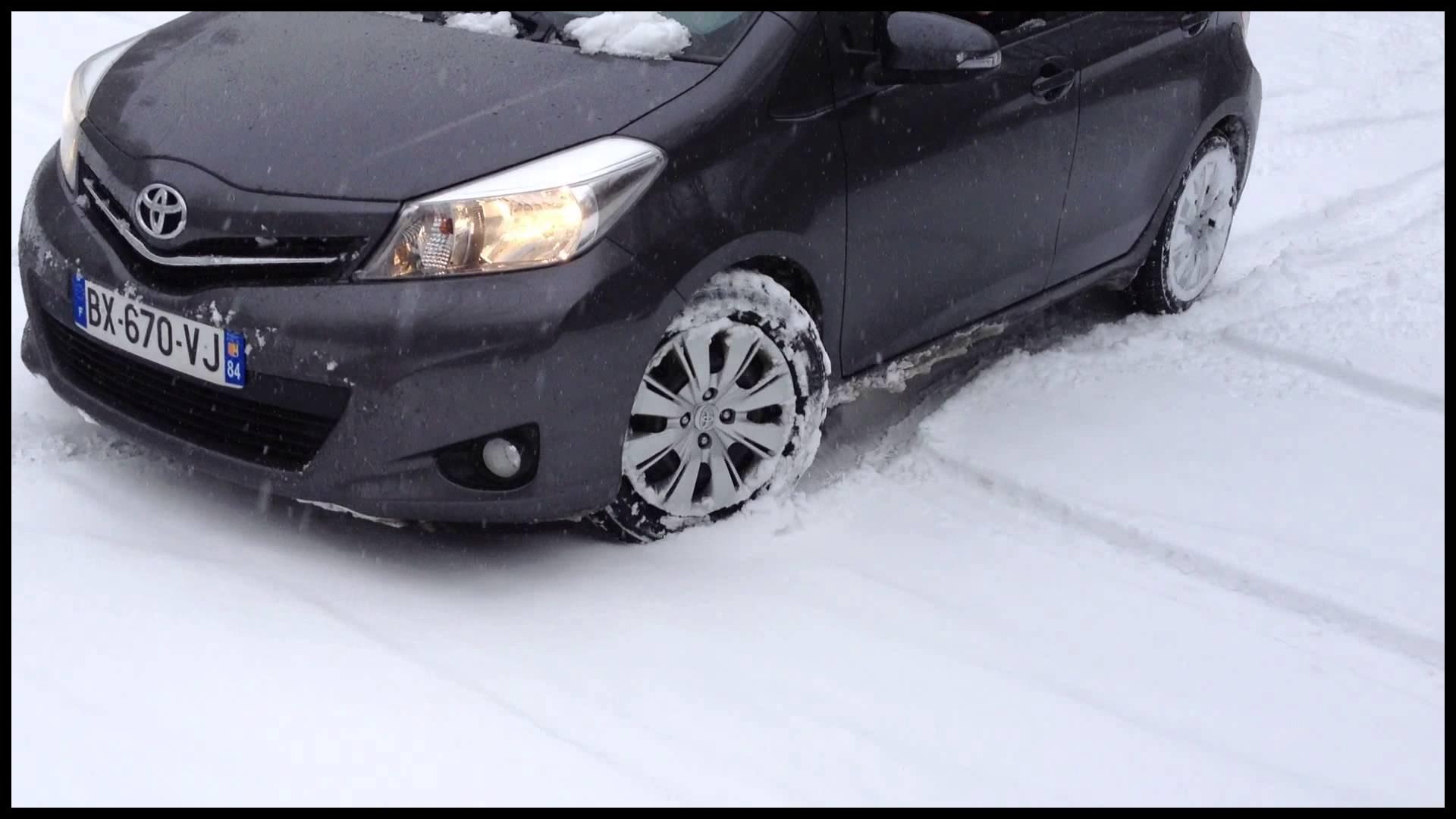 Yaris on snow